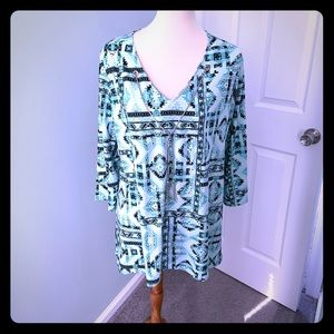 NWT Stunning teal blouse with necklace